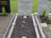 grave-front2